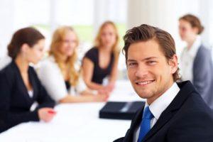 Se puede compartir datos de trabajadores para prestación de servicios