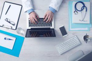 Conservación de historia clínica y prevención de riesgos laborales